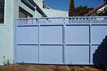 COLOUR BOND GATES